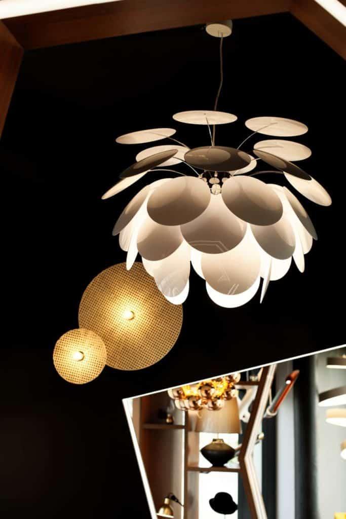lampa biała